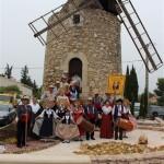 Saint Mitre les Ramparts Fête des vieux metiers avec li Dansaïre dou Grand Cavaou 04.10.2014( 4 )